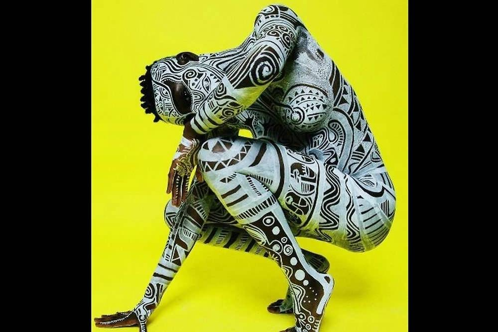Body painting africa